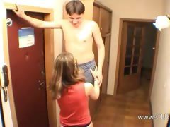 Amateurs couple handjob at...